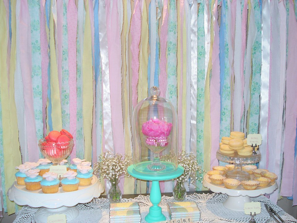 sweet nectar recently styled this pastel vintage bridal shower for a lucky bride to be with an high tea to boot and gorgeous cupcakes melting moments