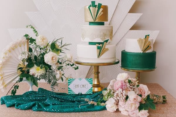 Astounding 1920S Wedding Inspiration With Emerald And Gold Tones By The Download Free Architecture Designs Embacsunscenecom